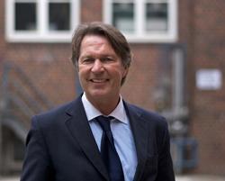 Prof-Dr-Jens-Weidner